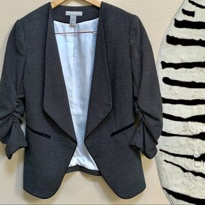H&M JACKET black and white jacket with ruched Slv